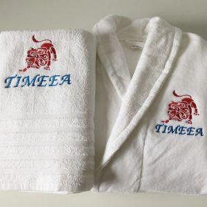 Cadouri pentru lei halat de baie si prosop cu semn zodiacal pentru Timeea