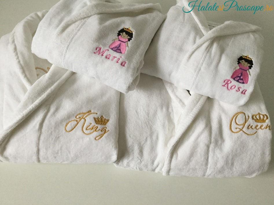 Cadou familie 2 copii halate baie personalizate
