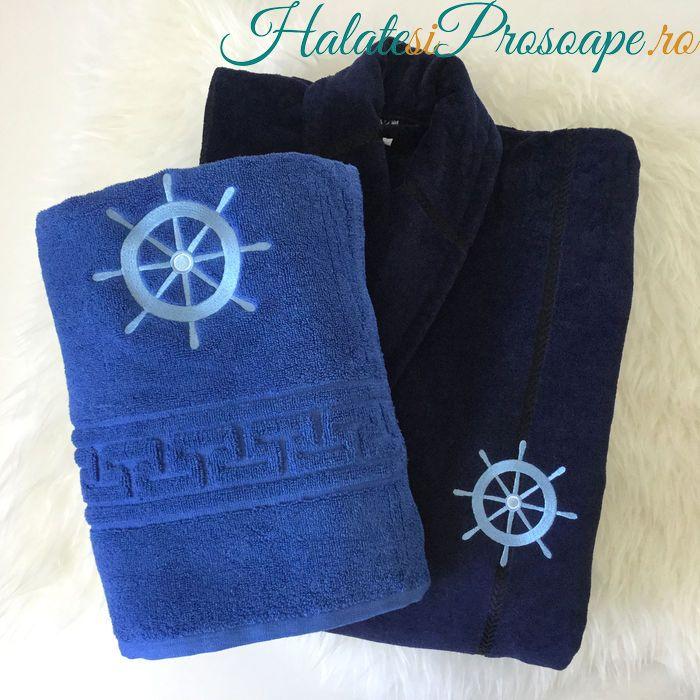 Set halat bleumarin si prosop albastru personalizate cu motiv nautic